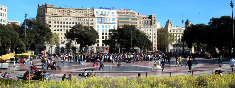 how to get to park guell from plaza catalunya