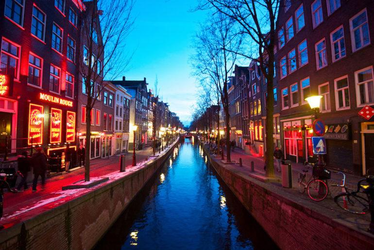 red-light-district-amsterdam