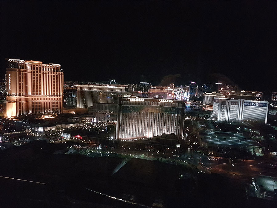 strip-view-trump-lasvegas-night
